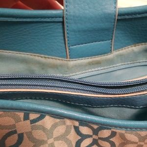 Relic Bags - RELIC turquoise patterned purse